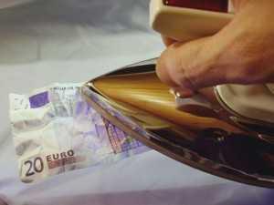 euro money iron