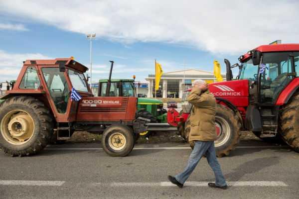 Οι αγρότες μεταφέρουν τον αγώνας τους στην Αθήνα