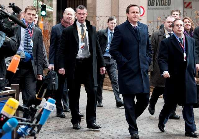 Κομισιόν: Αν η Βρετανία δεν ενεργοποιήσει το άρθρο 50, δεν διαπραγματεύομαστε