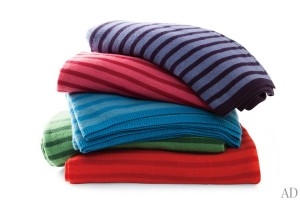 march-shopping-throws