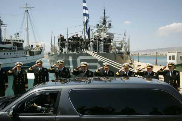 Το «τελευταίο αντίο» στον ναύαρχο Νίκο Παππά με τιμές εν ενεργεία υπουργού, Αθήνα, 09 Απριλίου / fosphotos.com | Angeliki Panagiotou