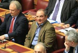 Ο πρώην πρωθυπουργός Κώστας Καραμανλής στην Ολομέλεια της Βουλής για την ψηφοφορία  του αναπτυξιακού νομοσχεδίου που τελικά αναβλήθηκε, Αθήνα, 10 Απριλίου / fosphotos.com | Panayiotis Tzamaros