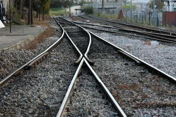 ΟΣΕ επαναλαμβανόμενες στάσεις εργασίας τραίνα ράγες
