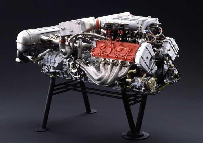 Ferrari-F40_1987_1600x1200_wallpaper_2d-700x495
