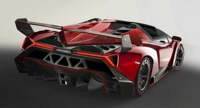 Lamborghini-Veneno-Roadster-3-700x381