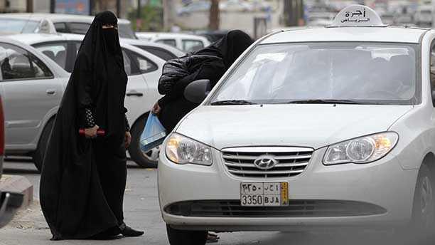 Mideast Saudi Women Driving