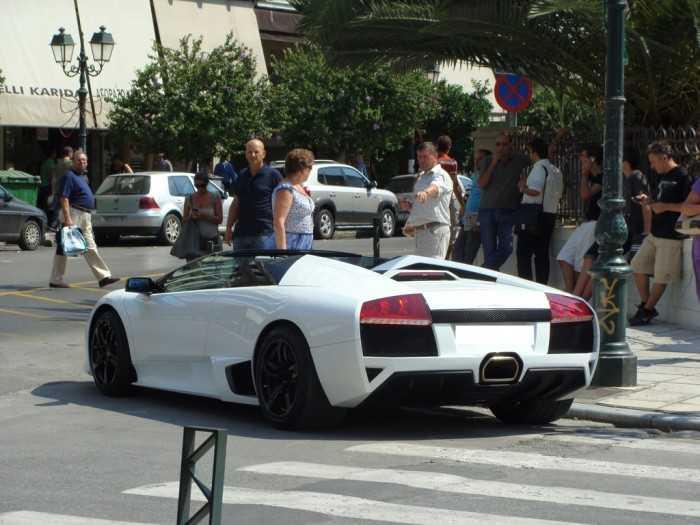 Lamborghini-murcielago-roadster-thessaloniki-2-700x525