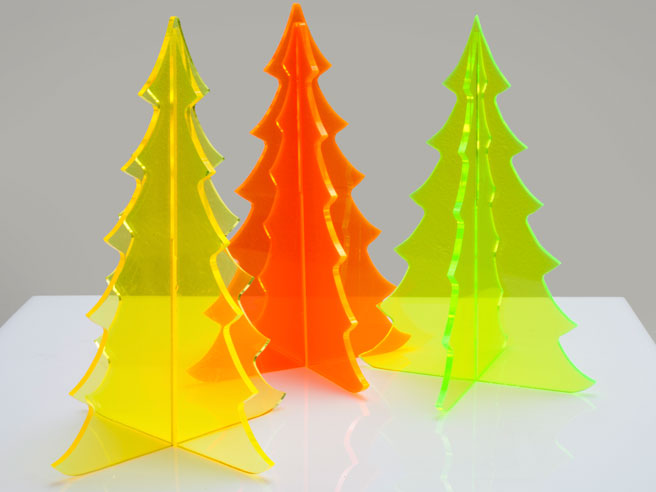 ED-MODERN-CONTEMPORARY-LUCITE-CHRISTMAS-TREE