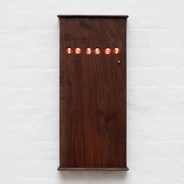 item13.rendition.slideshowWideVertical.wall-clocks-14-bddw-nixie