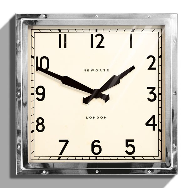 item18.rendition.slideshowWideVertical.wall-clocks-19-newgate-quad