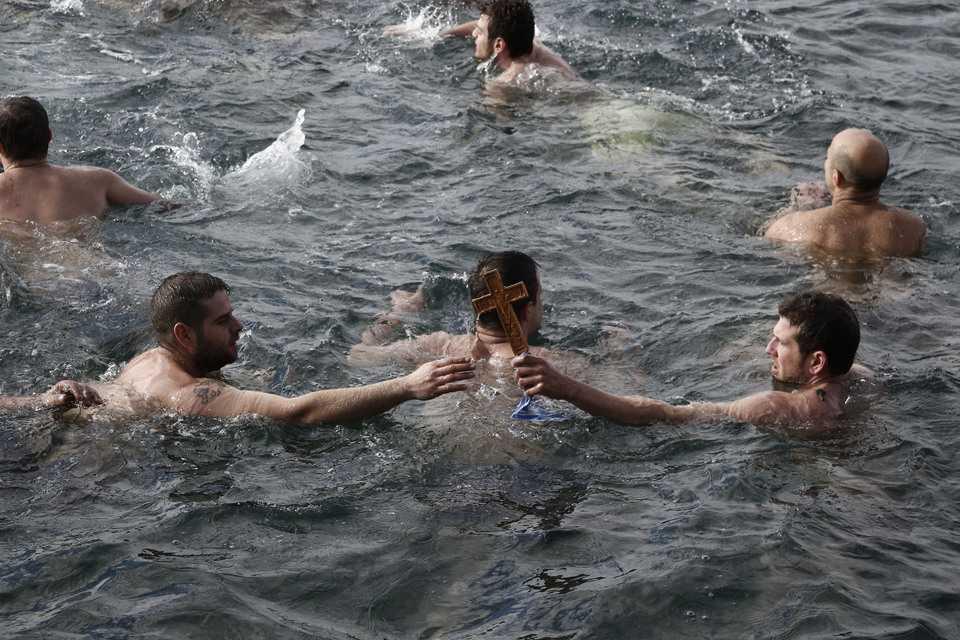 Epiphany celebration in Thessaloniki./Εορτασμός Θεοφανείων στην Θεσσαλονικη.