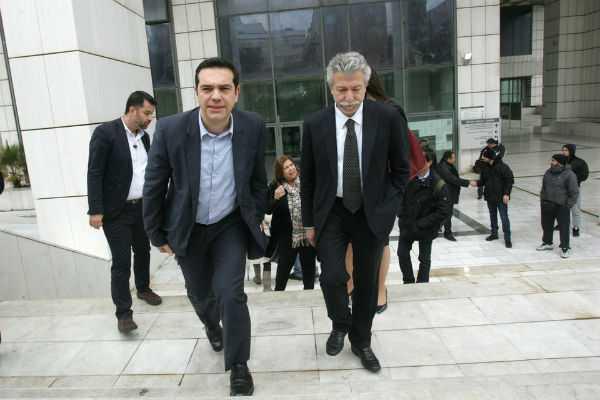 tsipras600_2801014