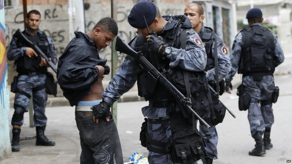 brazil-favelesB
