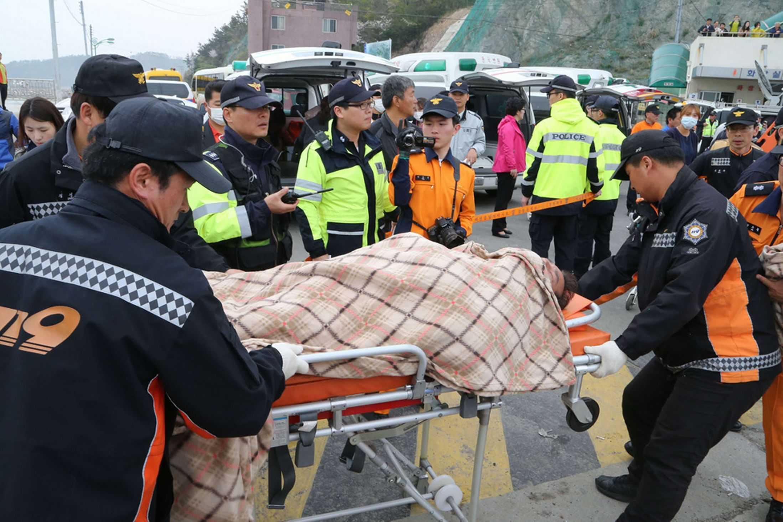 korea_wreck_ambulance