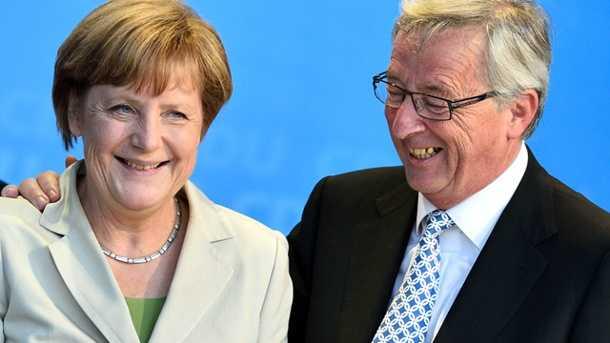 kanzlerin-angela-merkel-und-europawahl-gewinner-jean-claude-juncker-freuen-sich