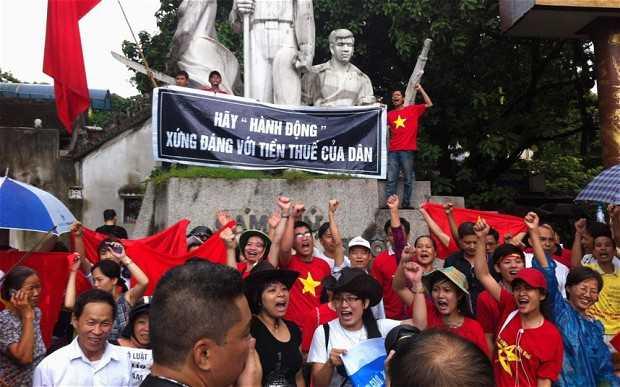 vietnam antichina protest