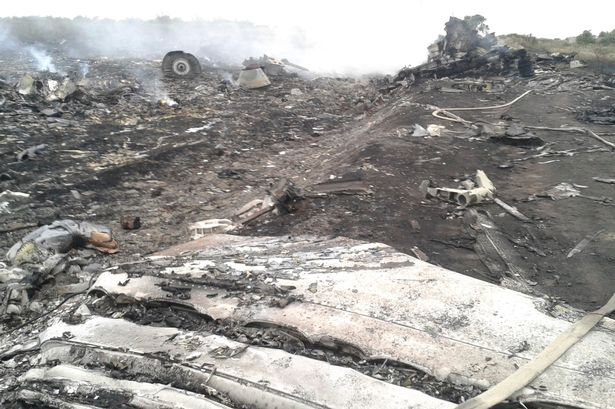 Malaysia-Airlines-ukraine-debris