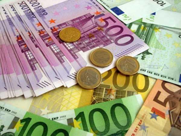lefta money foroi epitokia
