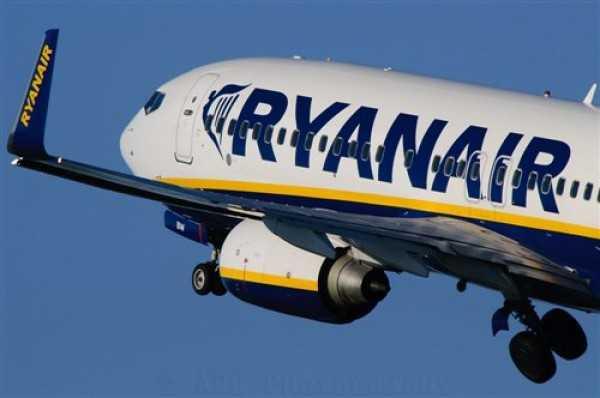 Ryan-air_4