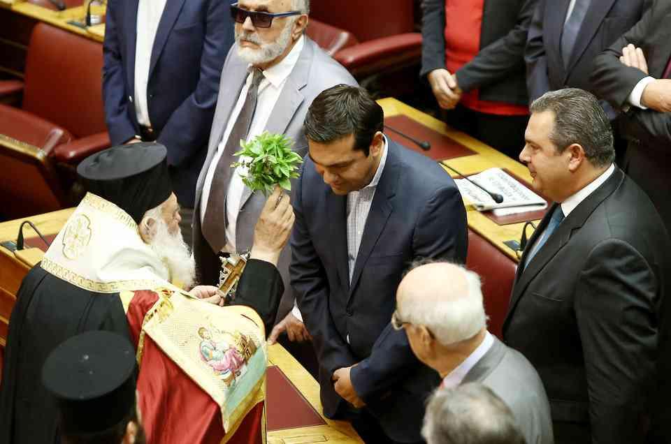 tsipras-agiasmos-ekso