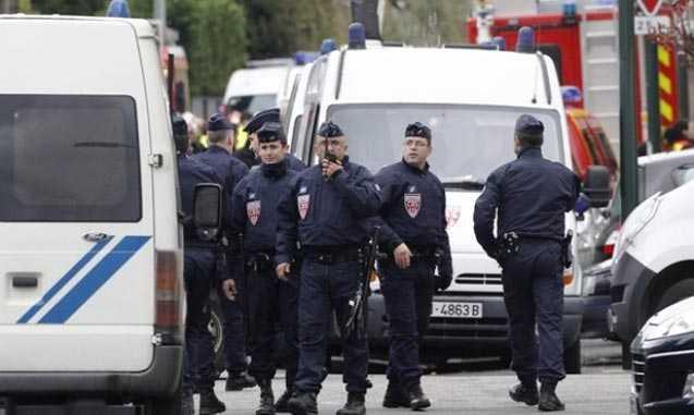 353066-FrancePoliceReuters4355-1332336619-637-640x480