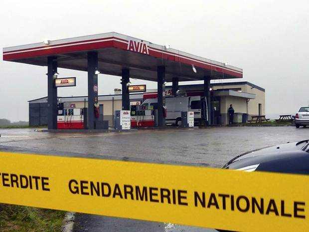 charlie-hebdo-petrol-station