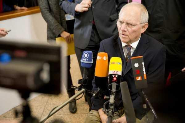 Σόιμπλε: Καμία βοήθεια αν δεν τηρηθούν δεσμεύσεις