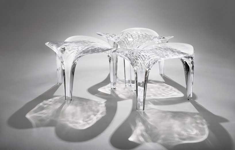 zaha-hadid-furniture-show-at-david-gill-designboom-03