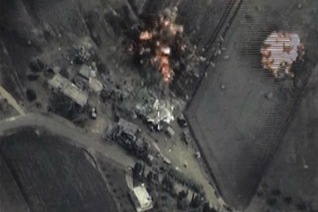 Russia carries out air strikes against Islamic State targets in Syria