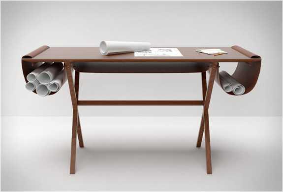 giorgio-bonaguro-oscar-desk