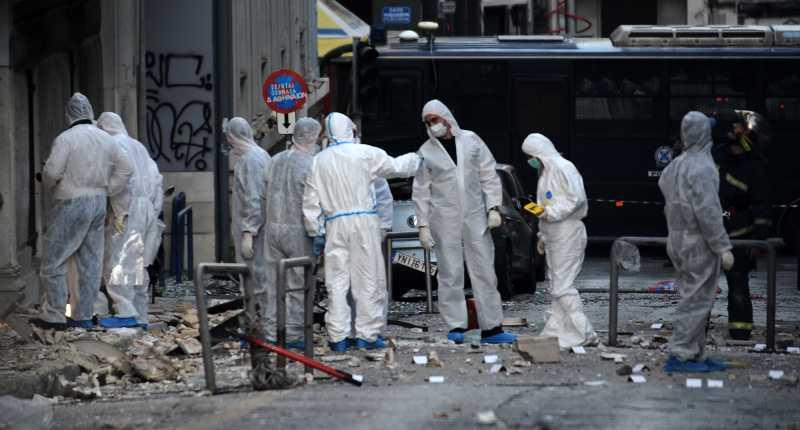 Η τρομοκρατική επίθεση στα γραφεία του Συνδέσμου Ελληνικών Βιομηχανιών στο  Σύνταγμα 3fb6c98b50f