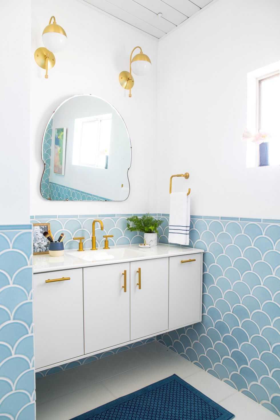 gallery-1443807121-02-emily-henderson-master-bathroom