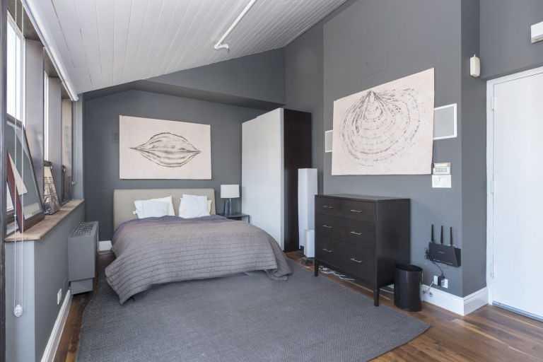 gallery-1452108271-14-east-4th-street-1109-bedroom