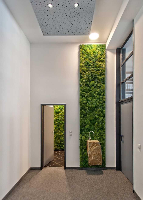 Vertical-Green-Grass