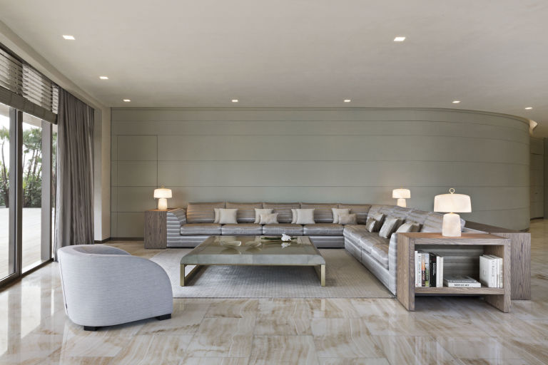 gallery-1453410521-living-room-unit-a