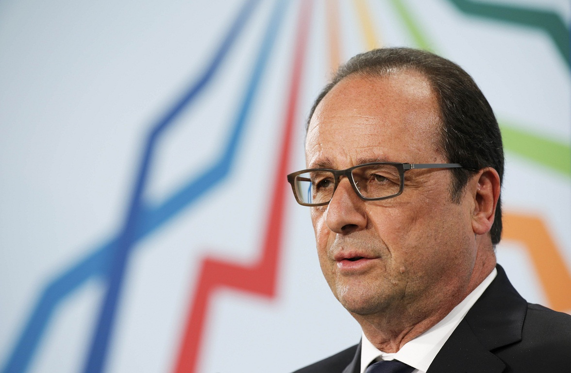 French President Francois Hollande holds a news conference during the G7 summit at Elmau Castle hotel in Kruen near Garmisch-Partenkirchen, southern Germany, June 8, 2015. REUTERS/Christian Hartmann
