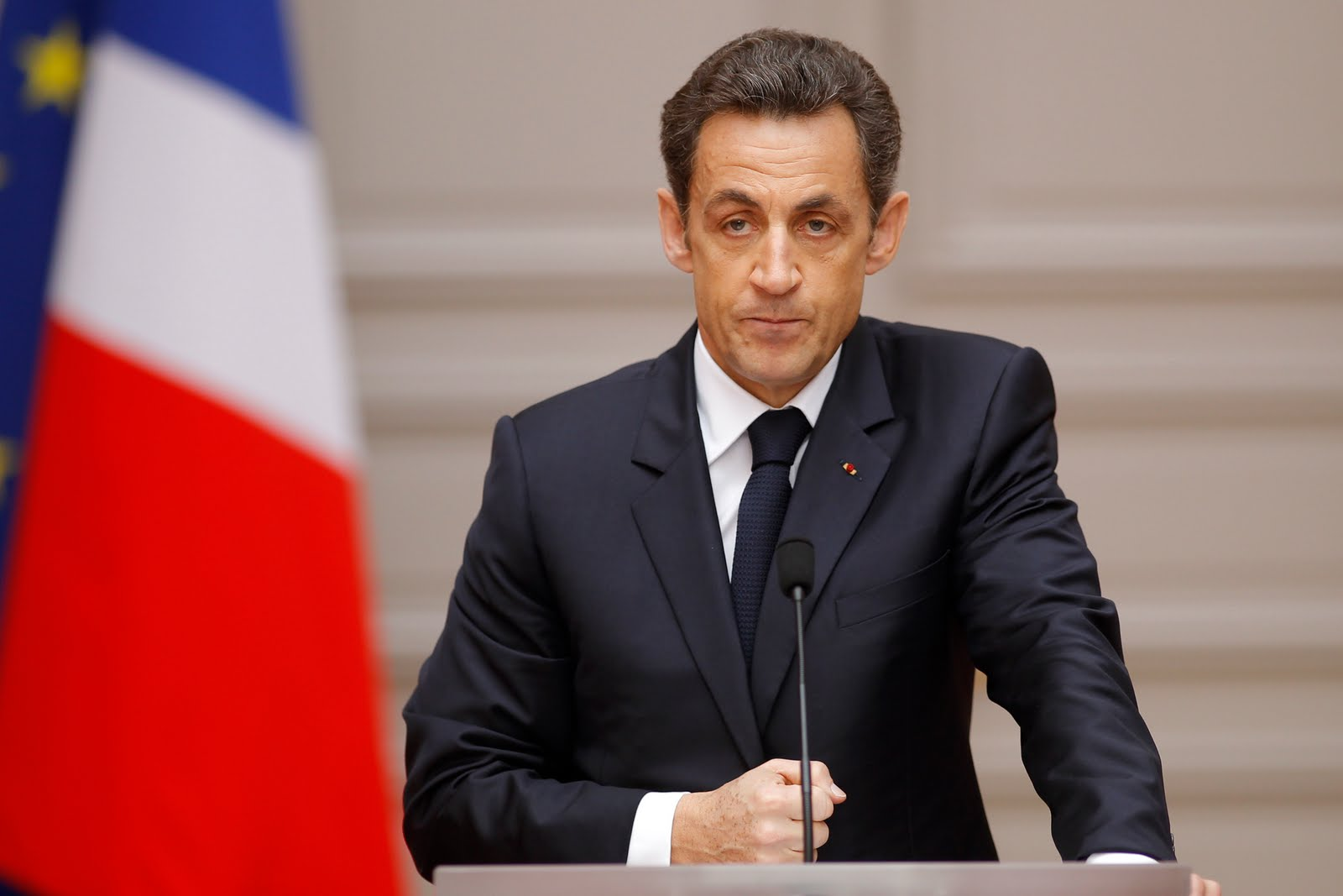 France's President Nicolas Sarkozy delivers a speech after the weekly cabinet meeting at the Elysee Palace in Paris March 24, 2010. REUTERS/Benoit Tessier (FRANCE - Tags: POLITICS)
