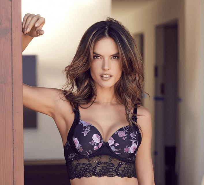 Η… χωρισμένη Αλεσάντρα Αμπρόσιο κάνει comeback με σέξι φωτογράφιση ... 076b29d2d50